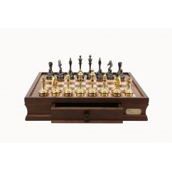 "Dal Rossi Chess Set 16"", with Brass Cap Staunton chessmen"